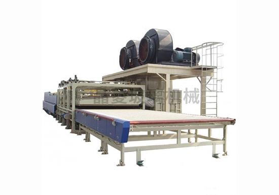 广东玻璃钢化炉