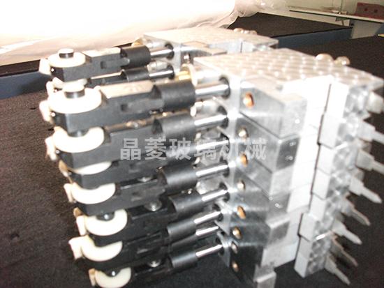 玻璃钢化炉定制